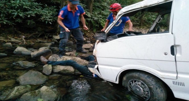 Trabzonda trafik kazası: 1 ölü, 3 yaralı