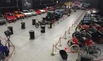 KKTCdeki klasik araba müzesi geçmişe ayna tutuyor
