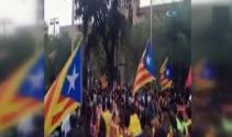 Katalan öğrenciler Barcelona üniversitesini işgal etti