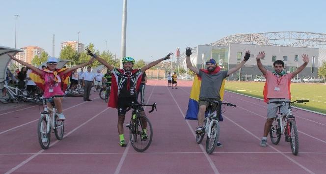 Avrupalı Gençler Kayseride bisiklet eğitimi aldı