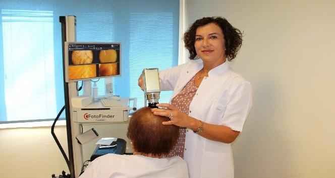 Prof. Dr. Şentürk: Ağır diyetlerden sonra kadınlarda ciddi saç dökülmeleri olabiliyor