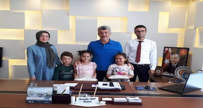 Öğrencilerden Başkan Yiğite ziyaret