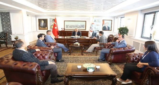 Kansere Karşı Birlik Derneği (KANKA) üyeleri Melikgazi Belediyesini ziyaret etti