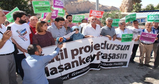 Hasankeyf'te baraj protestosu