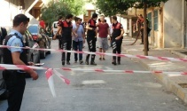 Bağcılarda uyuşturucu satıcısı polisle çatıştı