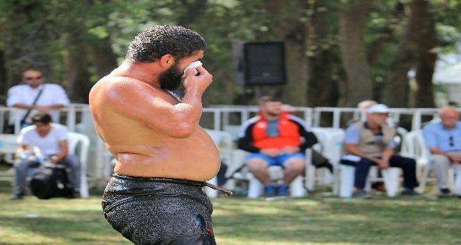 (Özel Haber) Survivor Sadin yağlı güreşte de umduğunu bulamadı