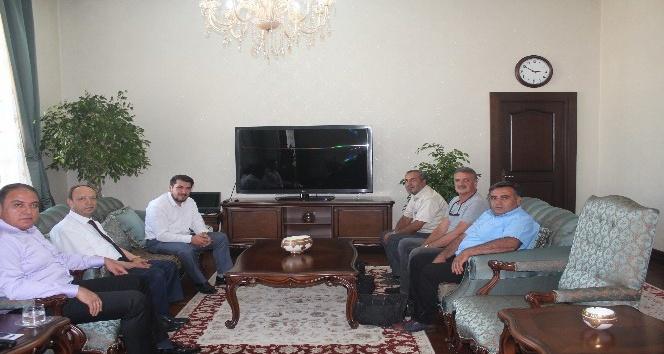 Vali Tekinarslan Gazeteciler Derneği üyelerini kabul etti
