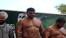 Hüseyin Pehlivan Yağlı Güreş Turnuvasının şampiyonu Ali Altun