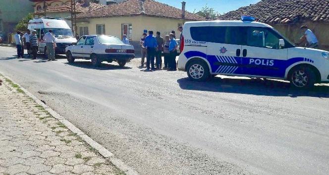 6 yaşındaki çocuğa otomobil çarptı