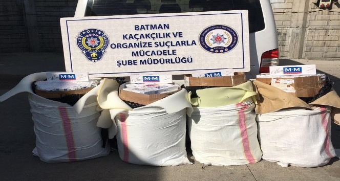 Batman'da 5 bin paket kaçak sigara ele geçirildi