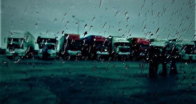 Bu illerde yaşayanlar dikkat! Sağanak yağış geliyor |18 Mayıs Cuma