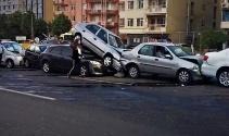 Tekirdağda 7 araç birbirine girdi: 7 yaralı