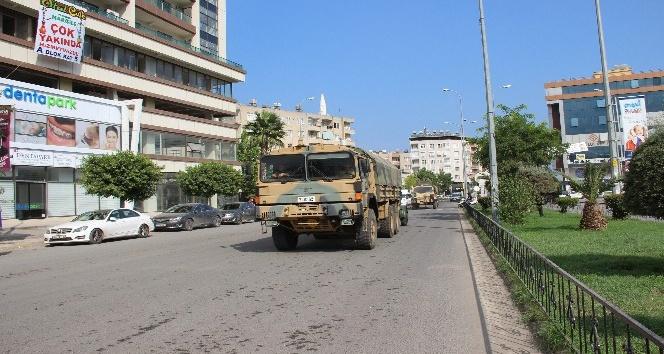 Suriye sınıra askeri sevkiyat sürüyor