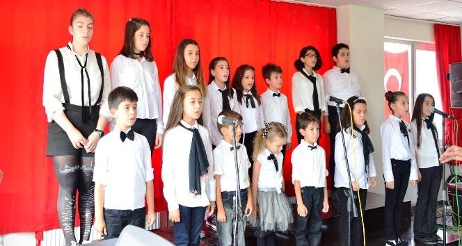 Lapseki'de Çocuk Korosu konseri