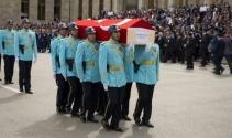 AK Parti Milletvekili için TBMMde tören düzenlendi