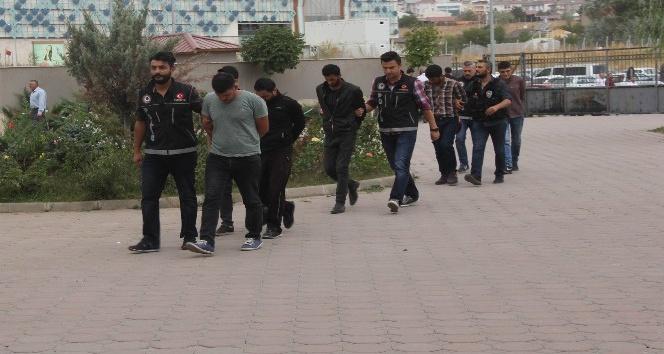 Sivas'ta uyuşturucu operasyonu: 6 gözaltı