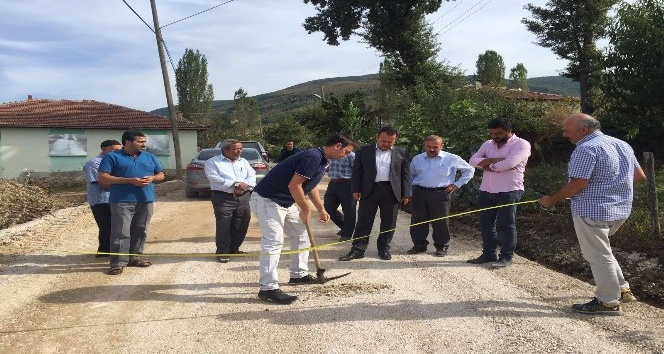 Kaymakam Karacan köy yollarında incelemelerde bulundu