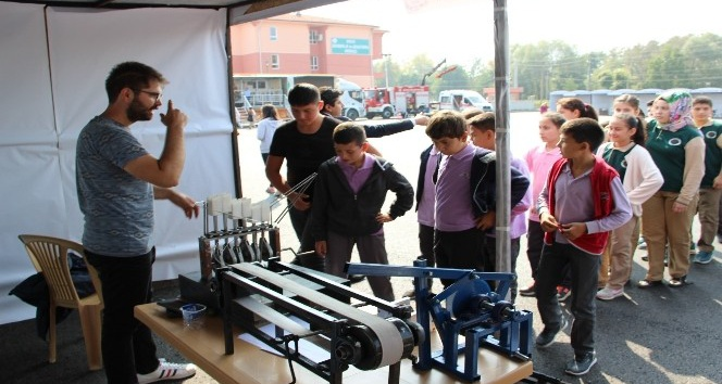 Düzce Belediyesi Bilim Şenliği başladı
