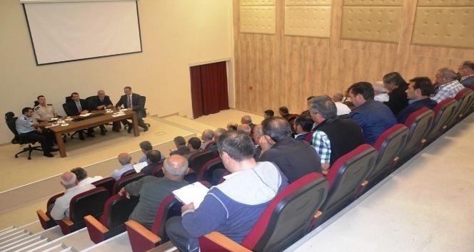 Altınova'nın meseleleri masaya yatırıldı