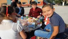 Burdurda çocuklara kahvaltının önemi uygulamalı anlatıldı