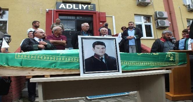 Avukat Cüneyt Yeşiltepe son yolculuğuna uğurlandı