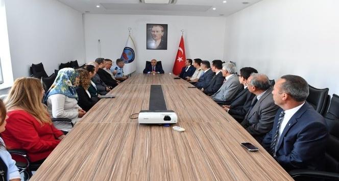 Vali Karahan, Sarayköy'de incelemelerde bulundu