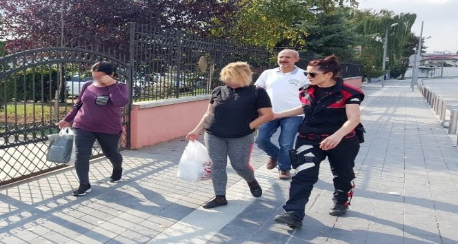 Fuhuş yapan üç yabacı uyruklu kadın yakalandı