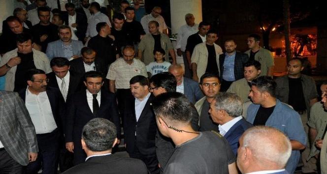 (Düzeltme) Vali Güzeloğlu'ndan şehit ailesine taziye ziyareti