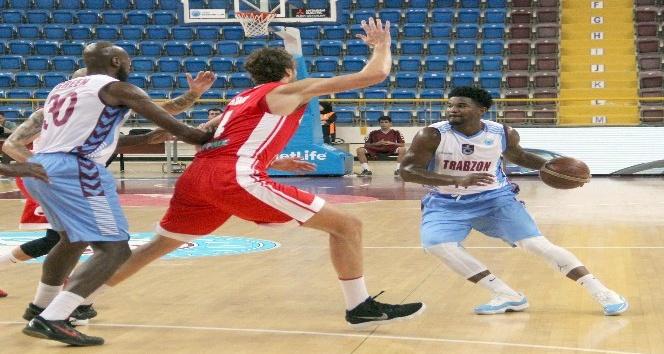 FIBA Erkekler Avrupa Kupası: Trabzonspor: 77 - Szolnoki Olaj: 68
