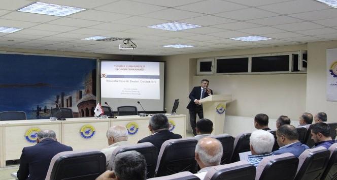 """Tatvan'da """"Dış Ticaret"""" bilgilendirme semineri düzenlendi"""