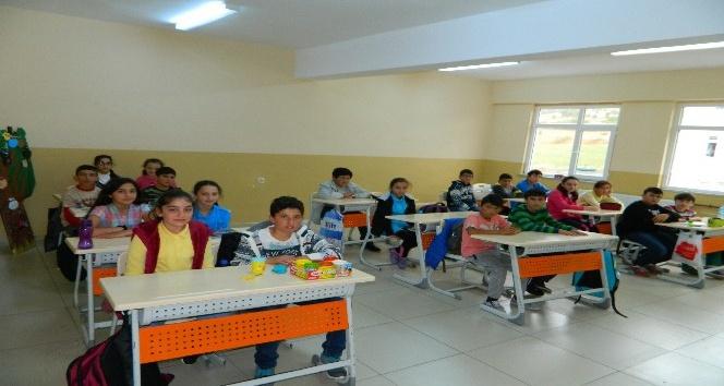Posof'ta nüfus ile birlikte öğrenci sayısı da azaldı