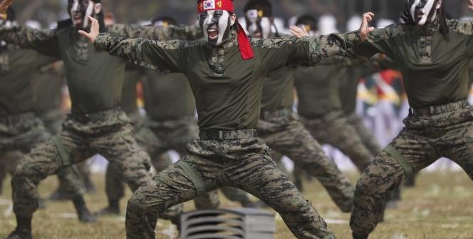 Güney Kore Devlet Başkanı Jae-in: Güçlü ve caydırıcı ordu barışın teminatıdır