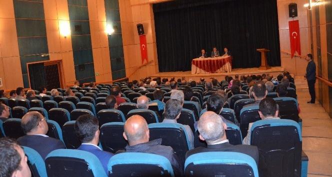 """Tatvan'da """"genel güvenlik ve okul güvenliği"""" toplantısı düzenlendi"""