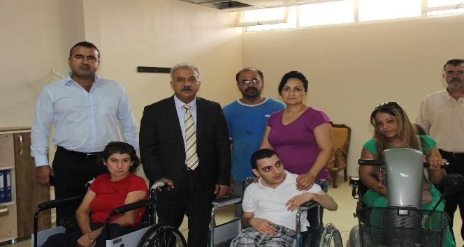 Samandağ Belediye Başkanı Nehir, engellilerle bir araya geldi