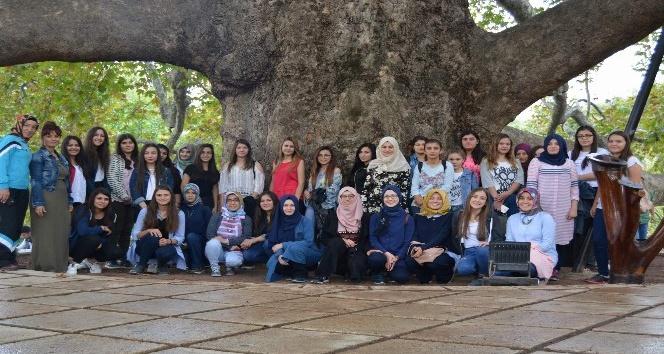 Afyonkarahisar Gençlik Merkezi üyeleri Bursa'ya gezi düzenledi