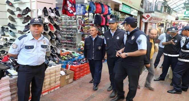 Polis ve zabıtadan işgal denetiminde 9 bin lira ceza