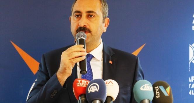 Adalet Bakanı Gül: Bu topraklarda asla bir senaryoya, asla bir oldu bittiye izin veremeyiz
