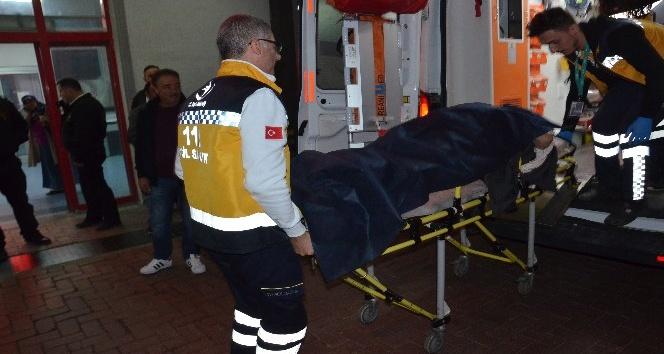 Zonguldak'ta trafik kazası, 4 yaralı