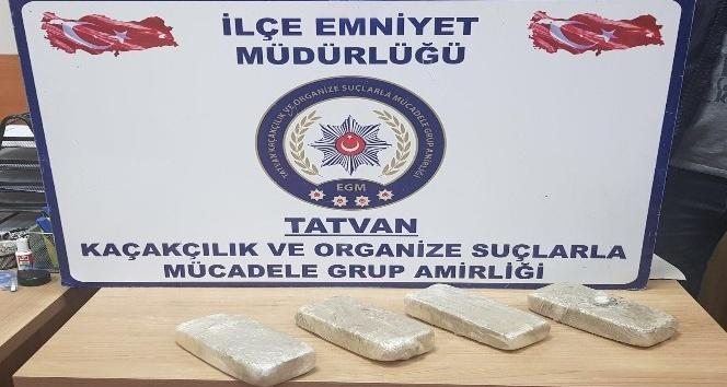 Bitlis'te 2 kilo 145 gram eroin ele geçirildi