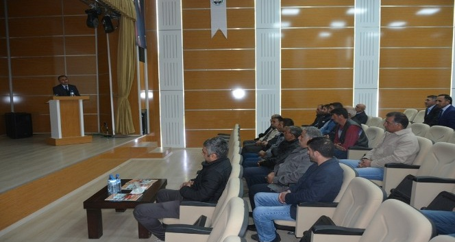 Başkan Köksoy, Vali Hurşitbey Caddesi esnafı ile toplantı yaptı