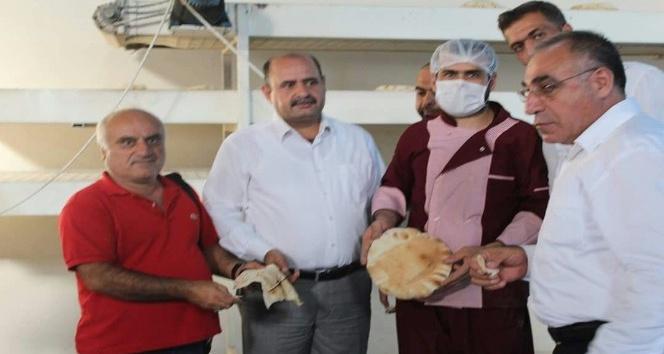 Kızıltepe'de Suriyeliler için ekmek yapan fabrika kuruldu