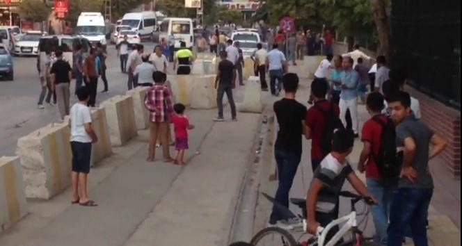 Çocukların kavgasına büyükler karıştı: 8 yaralı, 3 gözaltı