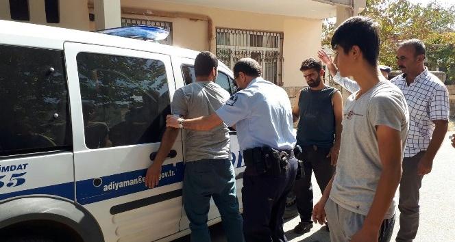 Hırsızlık şüphelisi şahıs önce dövüldü sonra polise teslim edildi