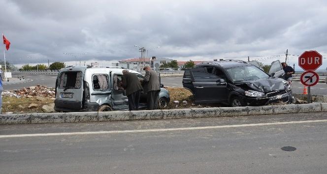 Tekirdağ'da 2 ayrı kaza: 3 yaralı
