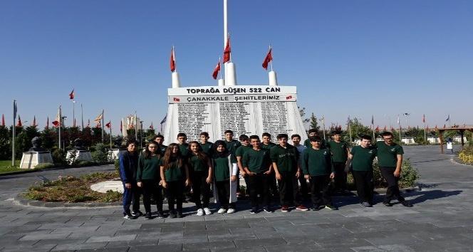 Kardelen Koleji öğrencileri 15 Temmuz Şehitler parkını ziyaret etti