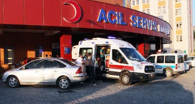 63 öğrenci gıda zehirlenmesi şüphesiyle hastaneye kaldırıldı