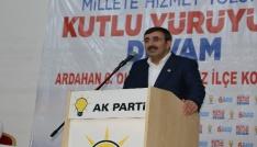 AK Partili Yılmaz: Sınırları değiştirme peşinde olanlara karşı bizim sınırların anlamını değiştirmemiz lazım