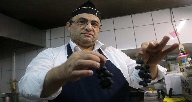 Rize'de kokulu üzümden yapılan Pepeçura yapımına başlandı