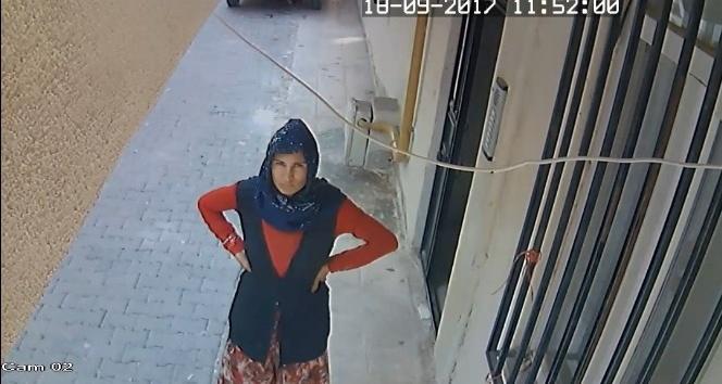 Hırsızlık şüphelisi kadınlar kamera görüntülerinden yakalandı
