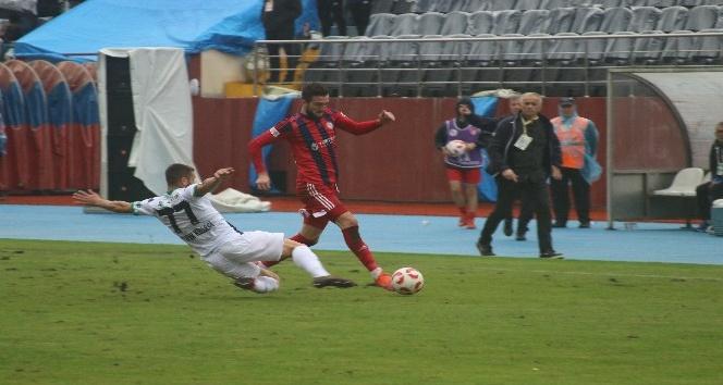 TFF 2. Lig: Zonguldak Kömürspor: 1 - Sakaryaspor: 4